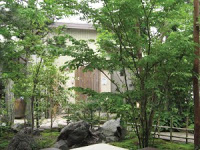 お庭活用のポイントは「目隠しフェンス」